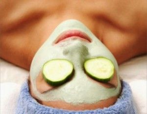 Why spend money on an expensive spa when you can do it at home. How to Clean Your Face Like A Spa Facial! - Dawn Gallagher. www.dawngallagher.com #facial #spa #beauty #howto #beautytips #beautysecrets