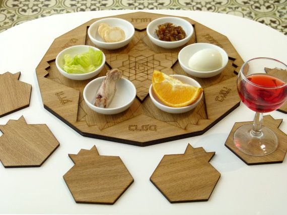 Wooden Seder plate Set of pomegranate shape by StudioArmadillo