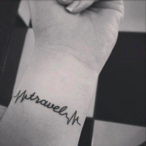 Татуировка с надписью