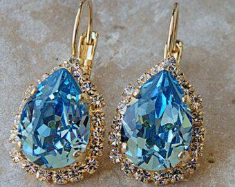 Pendientes de Swarovski Aquamarine, Aquamarine pendientes de gota, pendientes de oro, luz azul pendientes de la gota, las damas de honor pendientes, regalo para ella