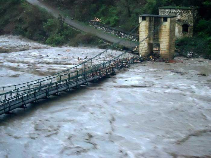 Uttarakhand Floods 2013 125 best images about ...