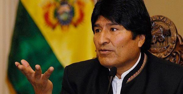 """Ejército chileno está """"sometido"""" a EU: Evo Morales"""