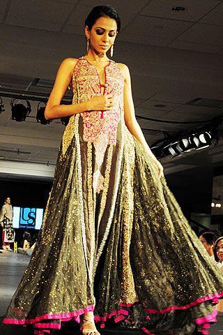 Latest Pakistani fashion 2010