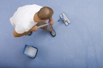how to remove carpet glue from the concrete flooring underneath....woo hoo I'm off to give this a try.