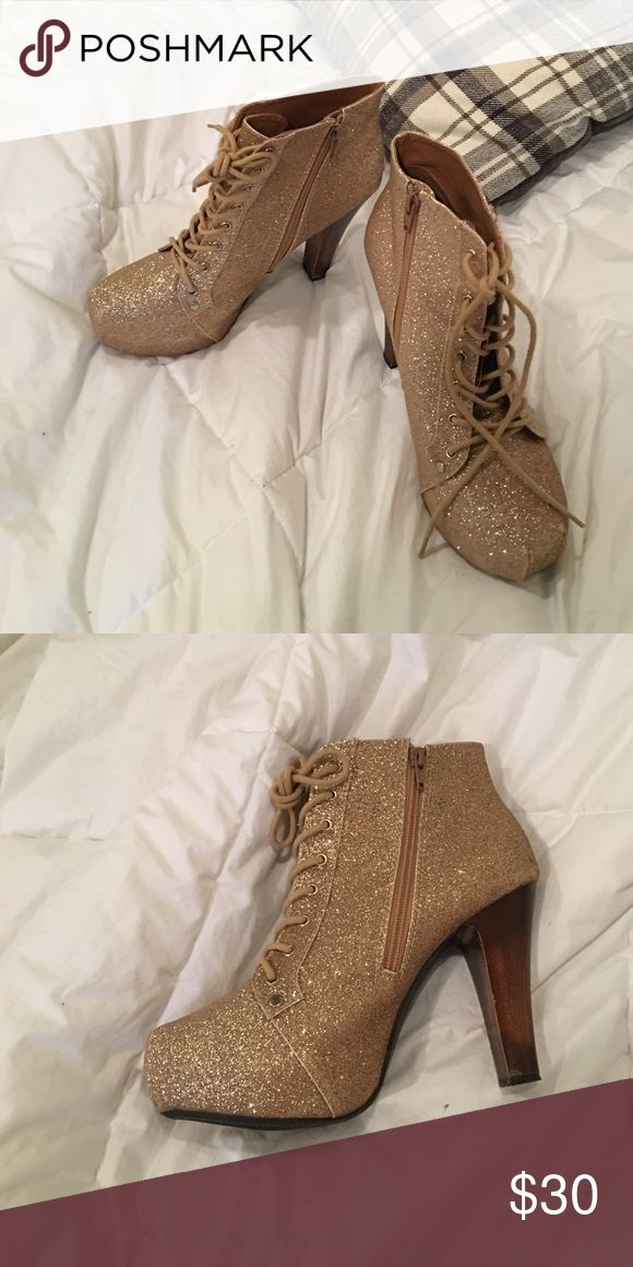Charlotte Ruse Gold Heels Glittery! Perfect for dances and formats. Charlotte Russe Shoes Heeled Boots