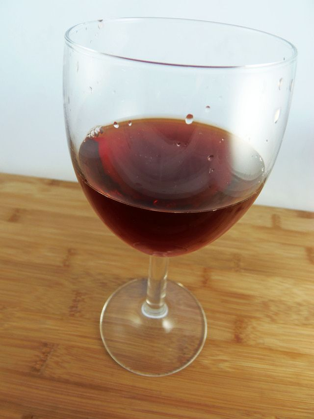 Non-Alcoholic Red Wine Substitutes: Red Wine Substitute