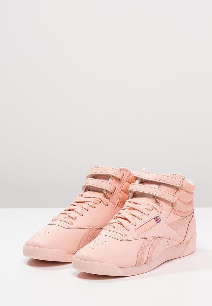 06706826d47ef8 AlternateText Reebok Classic FREESTYLE HIGH SPIRIT - Sneakers hoog - coral  glow white - Zalando.