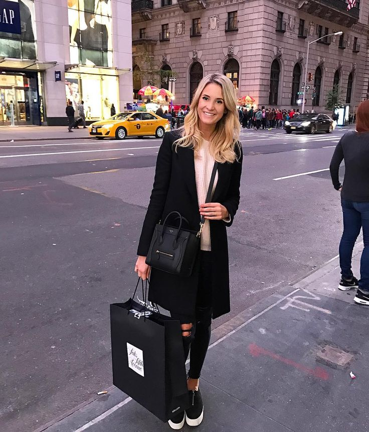 Bought my very first Chanel today! 😱😍😄 NYC is magical! #chanel #nyc #TCSNYCMarathon
