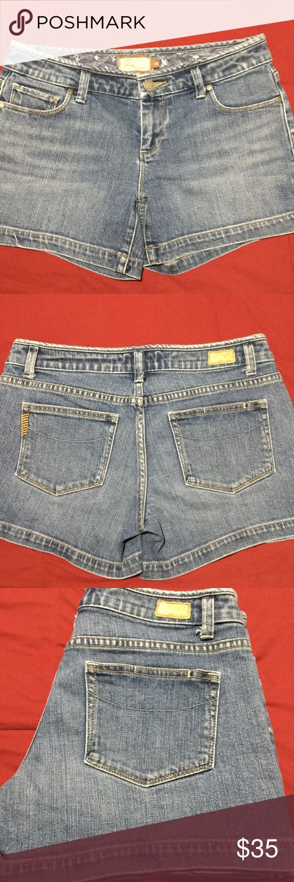 PAIGE PREMIUM DENIM Stretch Canyon Denim Shorts PAIGE PREMIUM DENIM Stretch Cotton Canyon Denim Shorts.shorts are in excellent preowned condition, Paige Jeans Shorts Jean Shorts