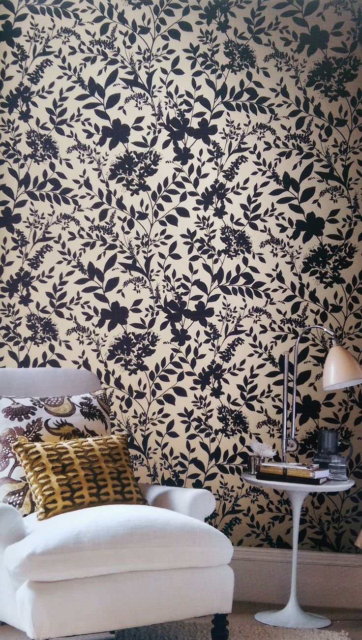 I'm especially proud of this new collection of wallpapers. Just added to our product line. Papers made in environmentally friendly plants, of recycled materials or papers from renewable forests – using only water-soluble inks.