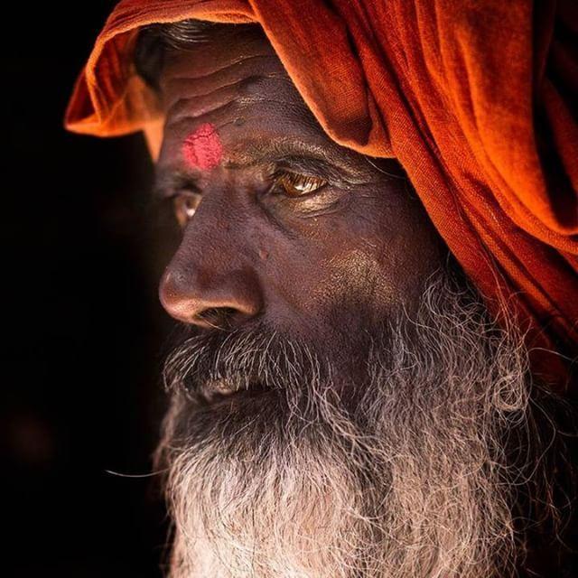 A sadhu in Varanasi.  #rehahn_photography #varanasi #benares #portrait_shots #canonasia #canonindia  #portraits_ig #portraitmood #portraitgallery #portraitphotography #portraitlove #portraitpage #portraitoftheday #fineartphotography #photographyoftheday #photographysouls #canon_official #india_gram #indiapictures