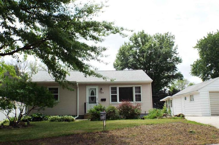 89,900 - Real estate home listing for 1834 Easton Avenue Waterloo IA 50702, MLS #20171483.  Explore local schools, neighborhood info, and Iowa homes for sale.