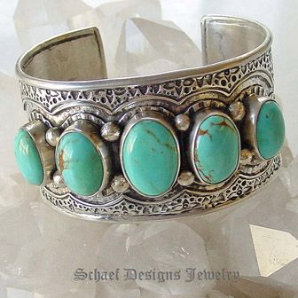 silver.: Cuffs Bracelets, Jewelry Turquoi, Ethnic Jewelry, Turquoi Jewelry, Silver Bracelets, Sterling Silver, Silver Jewelry, Silver Turquoi, Beautiful Turquoi