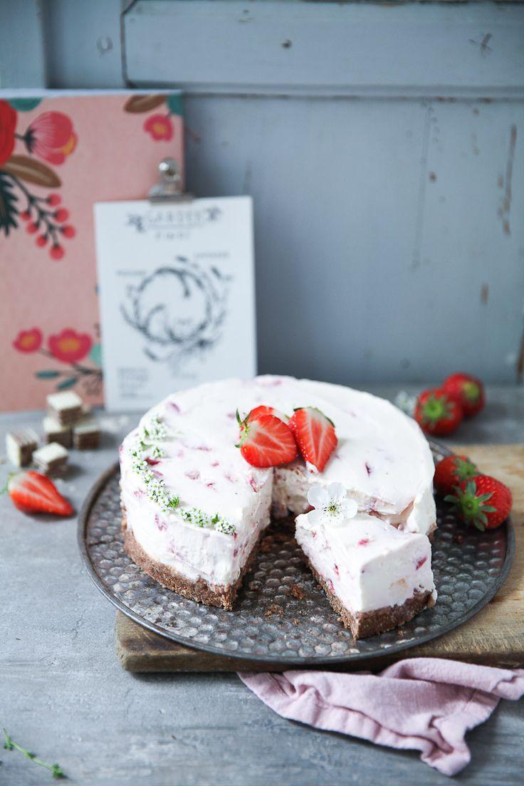 Erdbeere Mascarpone Cheesecake mit Manner Schnitten Boden ganz ohne Backen – no…