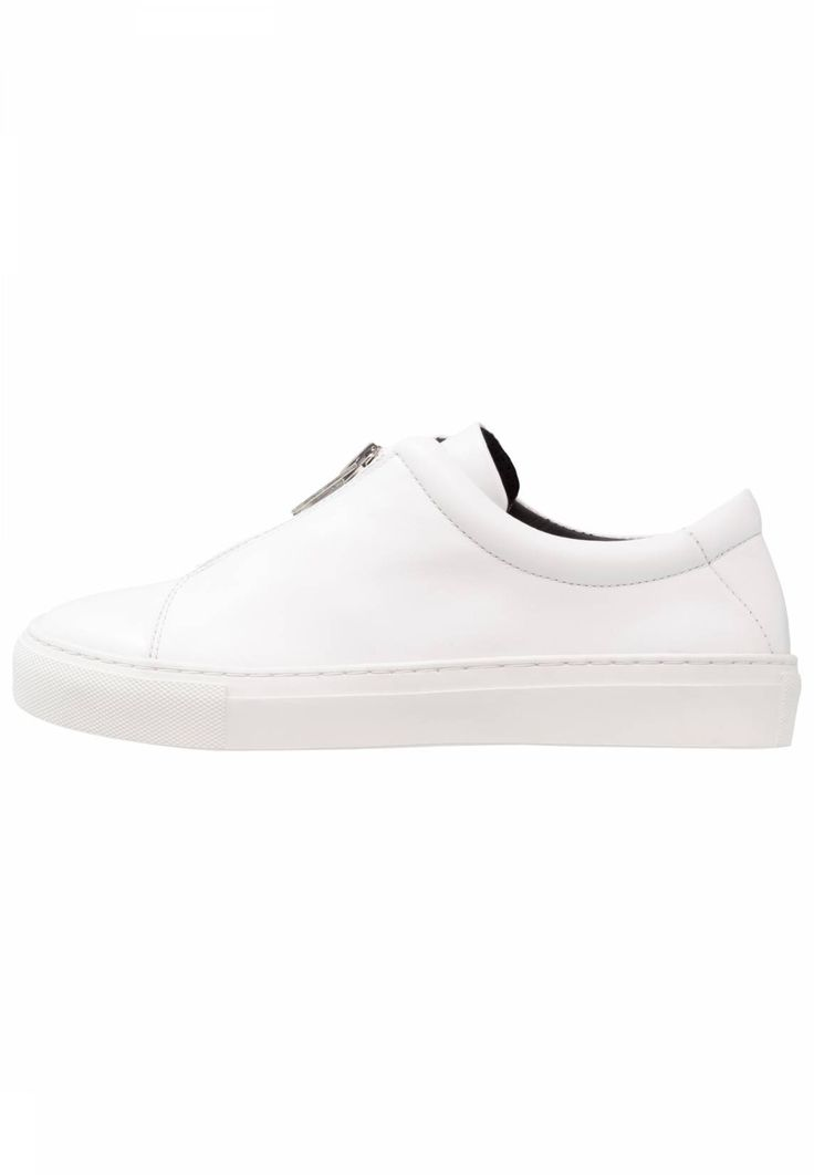 Royal RepubliQ. ELPIQUE ZIP - Trainers - white . Pattern:plain. Sole:synthetics. Padding type:Cold padding. Shoe tip:round. Heel type:flat. Lining:combination of leather and textile lining. detail:elasticated. shoe fastener:zip. upper material:le...