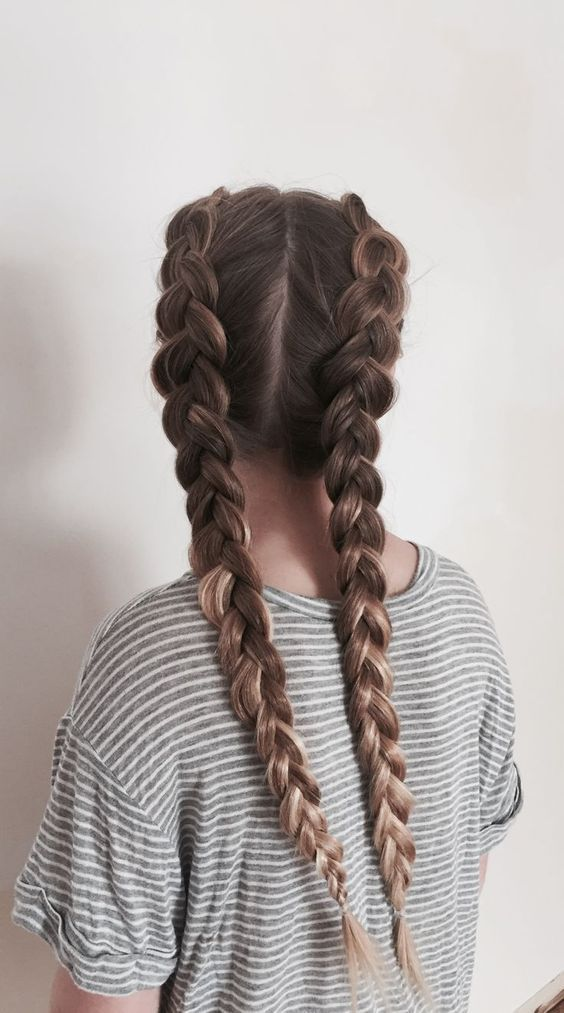 How to do French Braids Step by Step : How To French Braid Hair- Hier haben