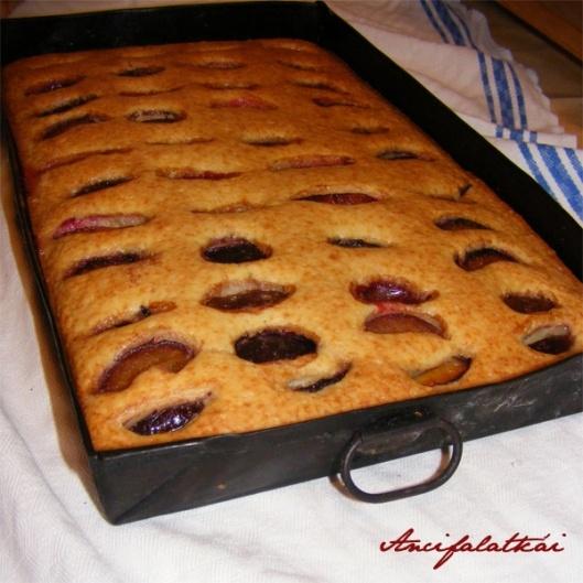 kefires szilvás süti