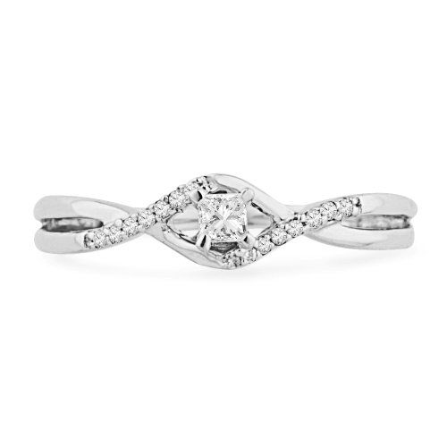 10KT White Gold Princess and Round Diamond Promise Ring (1/6 CTTW) (4.0): Jewelry: Amazon.com so pretty :)