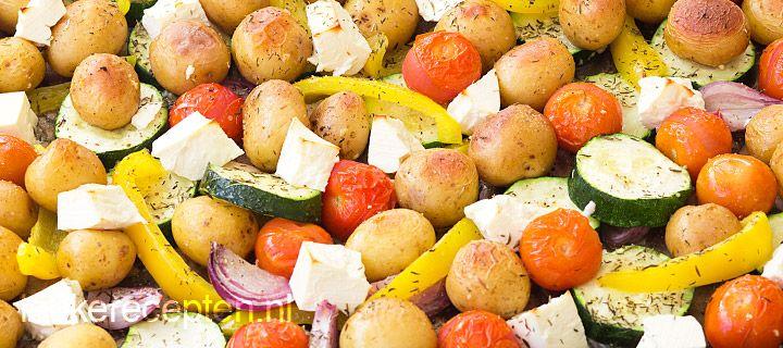 Krieltjes tomaat feta ui knoflook en paprika uit de oven