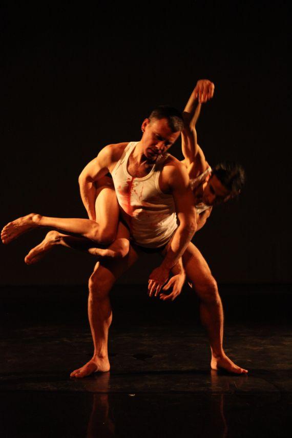 « OH » de Biño Sauitzvy et Nando Messias – Dansercanalhistorique