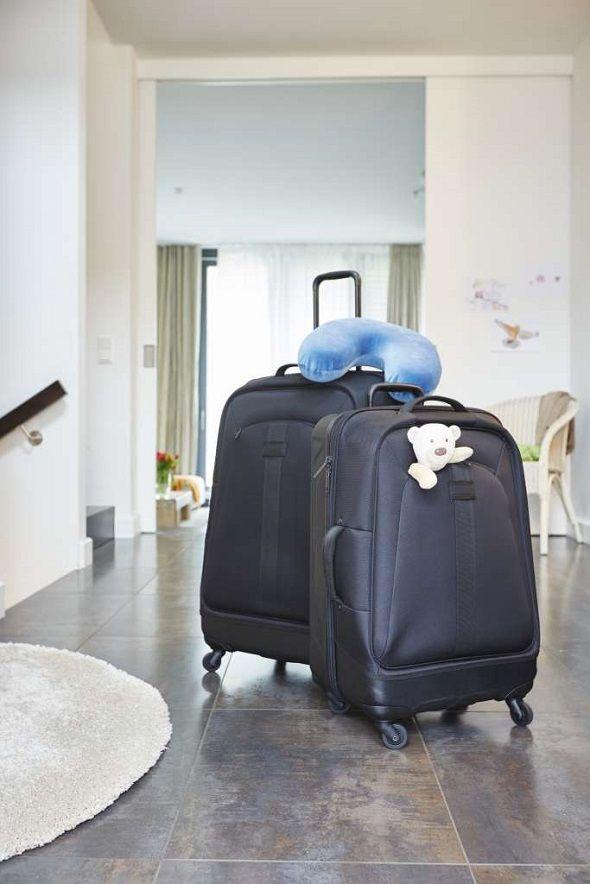 Zobacz jak zaplanować wakacje bez zmartwień na: http://radoscodkrywania.tchibo.pl/wakacje-bez-zmartwien-jak-je-zaplanowac #tchibo #tchibopolska #wakacje #lato #podróż #walizki #urlop #pakowanie