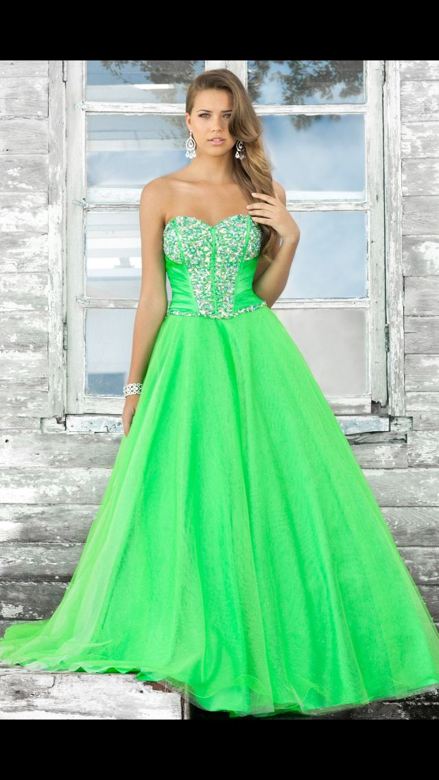35 best Prom dresses images on Pinterest | Prom dresses, Dress ...