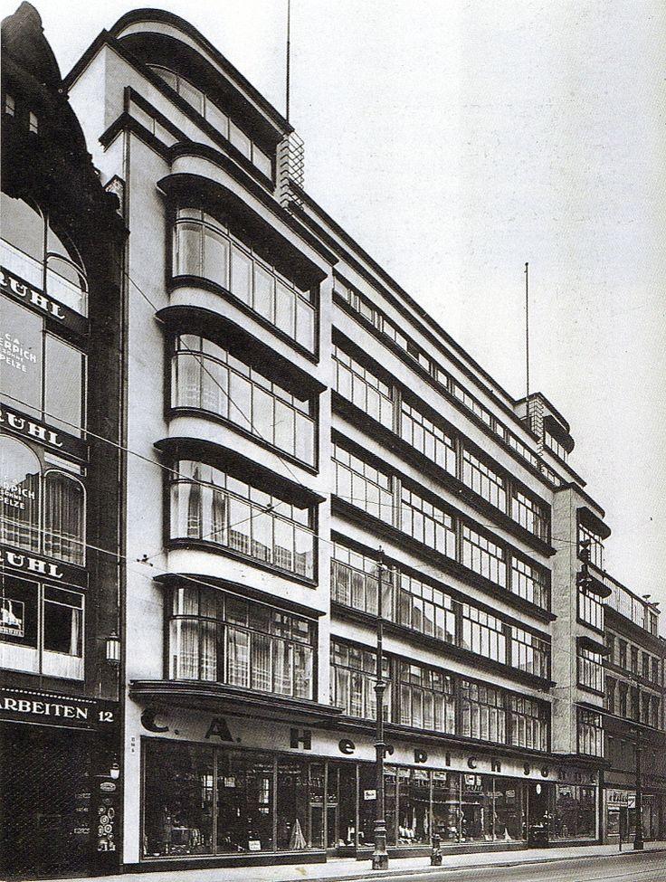 Berlin, Leipziger Straße 9-13, Geschäftshaus C. A. Herpich, Erich Mendelsohn, 1924.