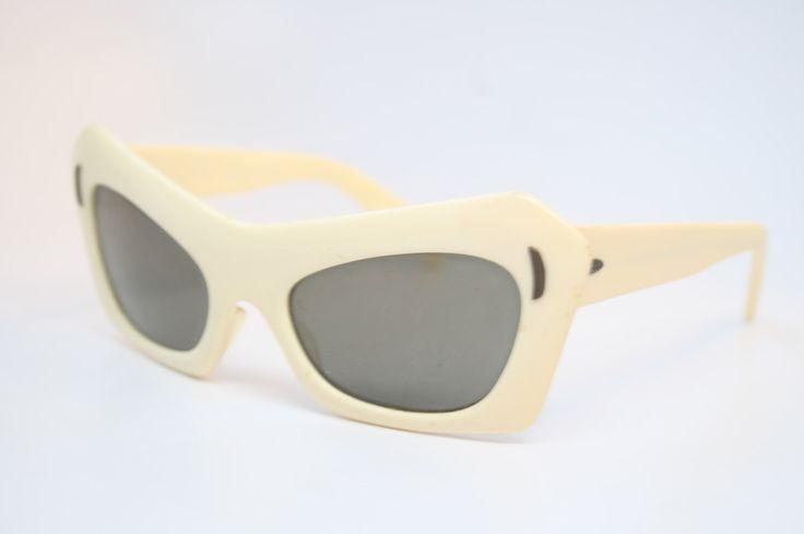 Vintage Glasses Frames Mask Sunglasses Eyeglass Frames Retro Eyeglasses by PinceNezShop on Etsy https://www.etsy.com/listing/188161068/vintage-glasses-frames-mask-sunglasses