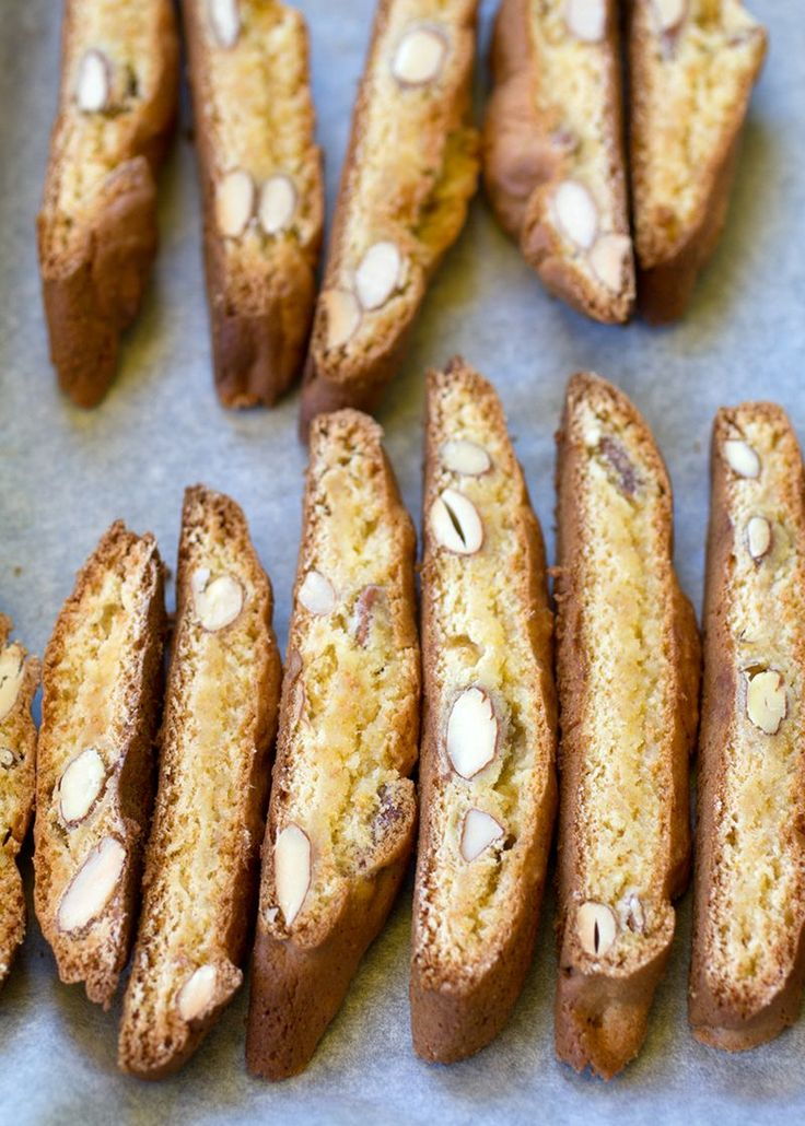 homemade biscotti with honey and almond
