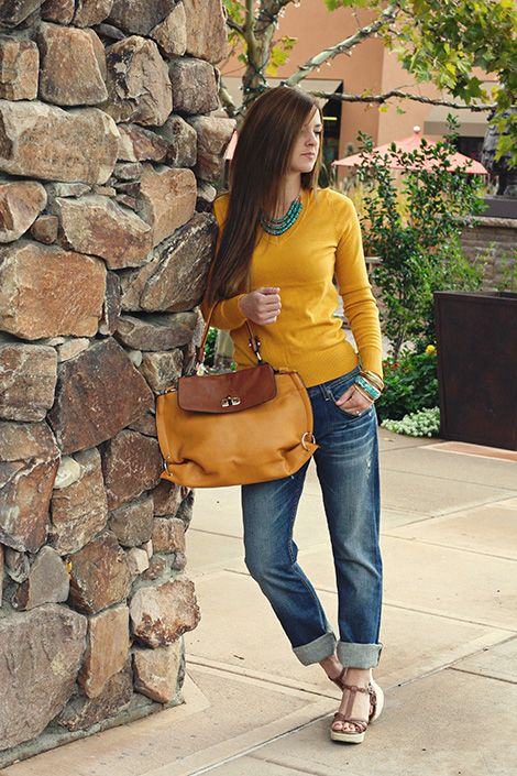 Cute outfit for fall! this blog has tons of cute ideas for outfits