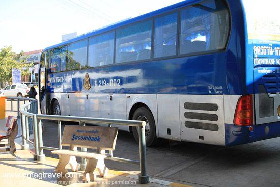 รถบัสวังเวียง - อุดรธานี