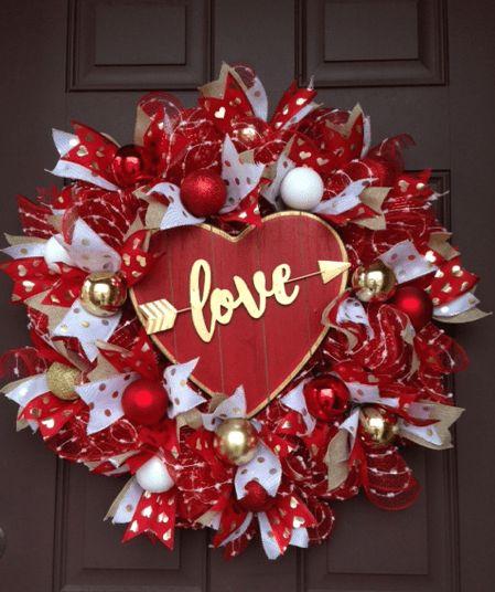 Valentine's Day Love Heart Wreath