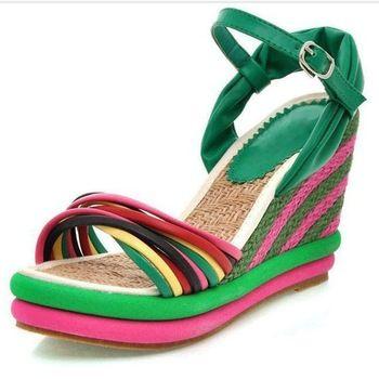 2013 nieuwe mode sandalen wiggen schoenen voor vrouwen hoge hakken platform sandalen kleur blok decoratie stro vlecht plus size 40 41