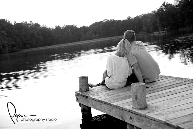engagement photo...so cute!