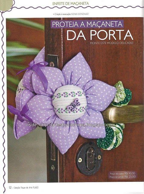 Dária - Blog Artesanato Fofo: Trava de porta em forma de flôr. Não deixe sua porta bater com o vento...  Coloque este segura porta em forma de flor , feito de fuxico acolchoado.