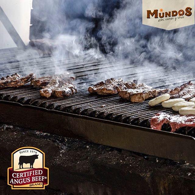Este fin de semana ven a #Llanogrande y disfruta lo mejor de la parrilla. En #MundosRestaurante vive una experiencia superior. #CertifiedAngusBeef. Reserva en el tel. 5371835 o www.mundos.com.co