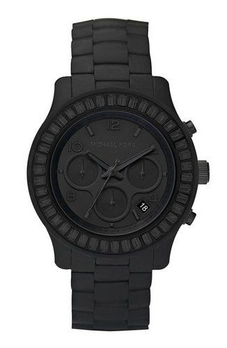 Love this all black!!