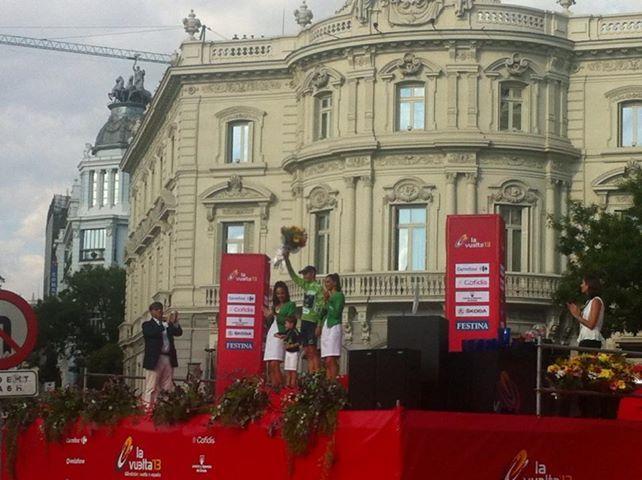 15 de septiembre: Ecopilas coloca el último maillot verde al corredor murciano Alejandro Valverde.
