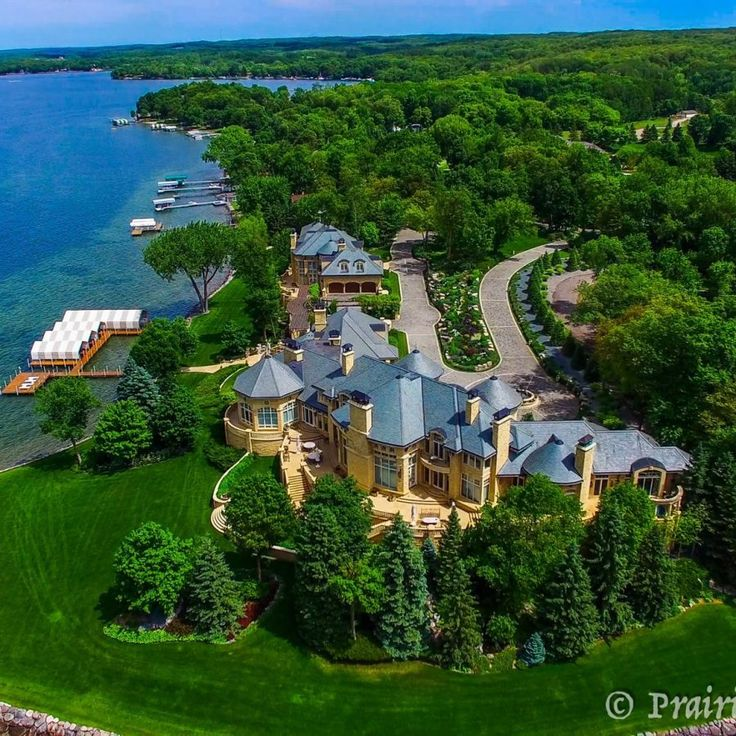 Prairie Sky UAV offers ground and aerial services in many different areas including photography & video for Real Estate marketing, Construction Site surveys, Golf Course Mapping, Aerial Inspections, Agricultural Surveys/Field Inspections and more from there base in North Dakota USA