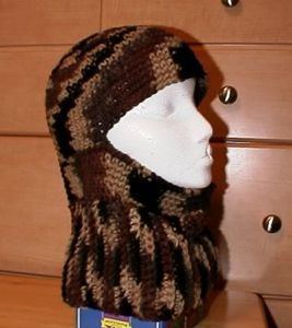 Ribbed Ski Hat: Free #crochet and #knit balaclava patterns to keep you warm this winter!