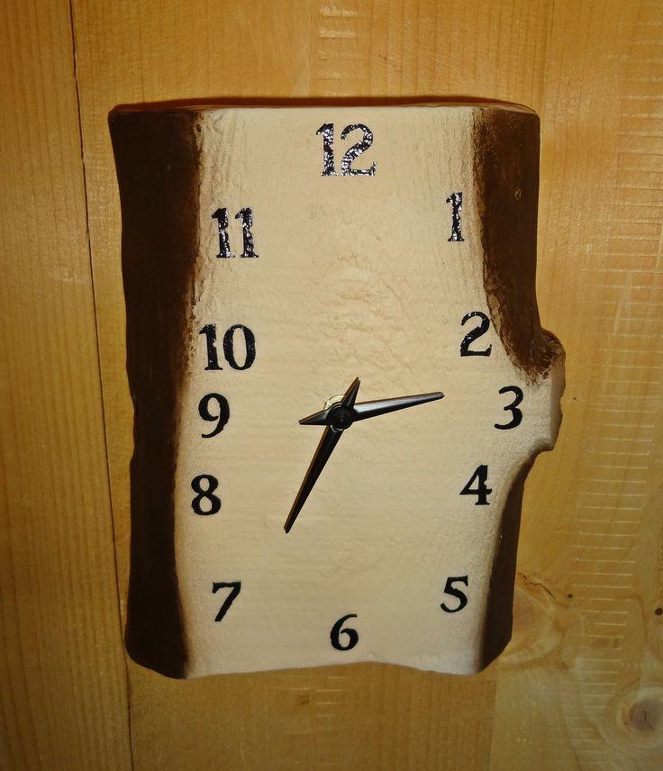 Ceramic clock - nice decor idea.