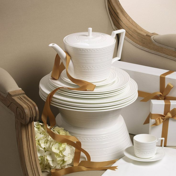 Intaglio collection by Wedgwood. See it on www.4interior.ro
