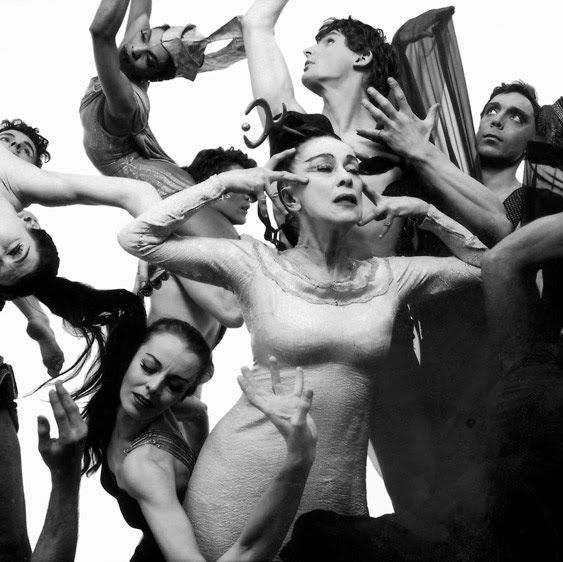Richard Avedon, Martha Graham and the Martha Graham Dance Company, New York, May 7, 1961
