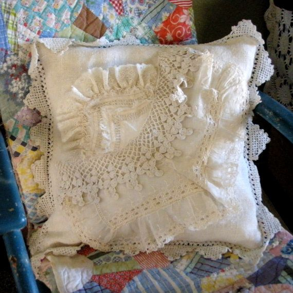 Love this vintage style pillow made with old lace!