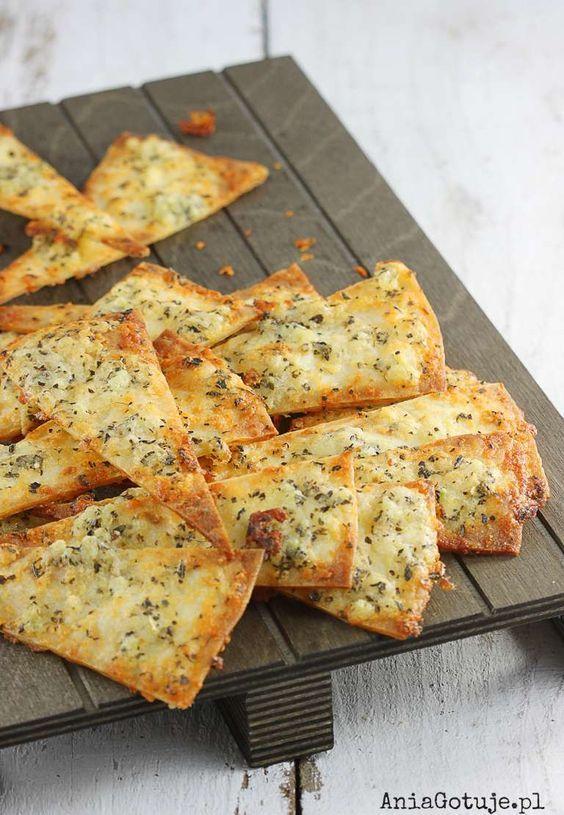 chipsy-serowo-czosnkowe-z-tortilli-1