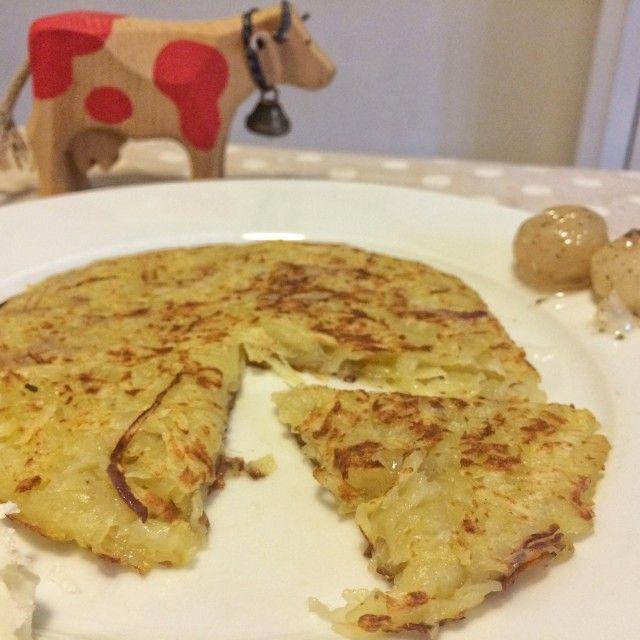 La ricetta del rösti, un buonissimo piatto di origine svizzera che può essere preparato in mille varianti, tutte golosissime!!