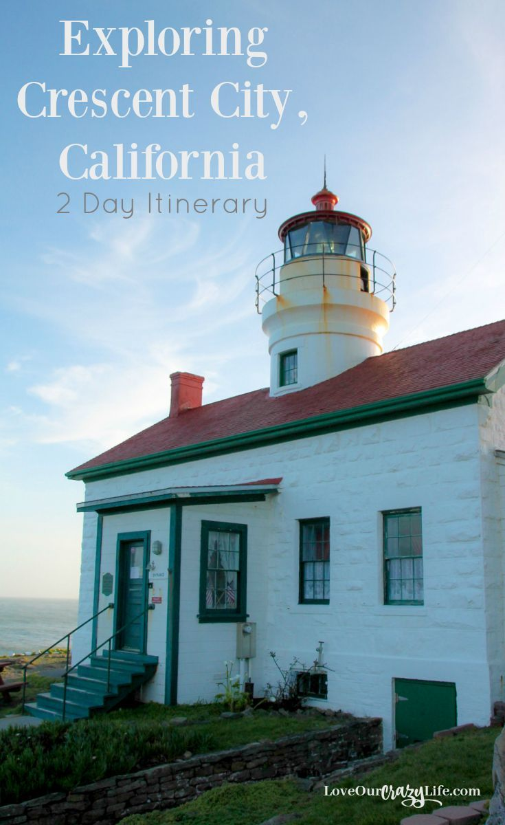 There is a lot to do in Crescent City, California and Klamath, California. Family Travel | Vacation | Northern California | Lighthouses | Redwoods | Road Trip via @thebeccarobins