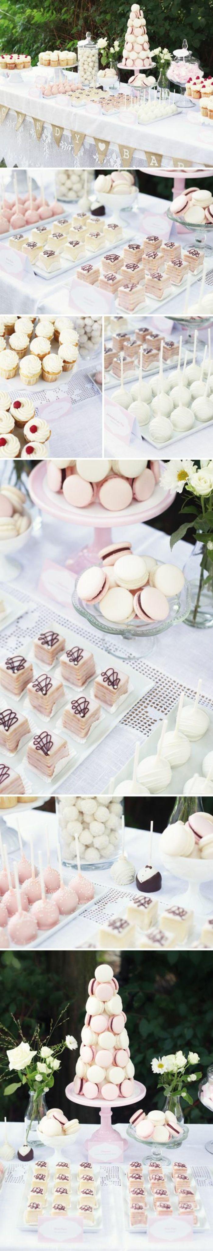 candy bar mariage en rose et blanc, macarons, guimauves, dragées, petits gateaux, nappe blanche, deco bouquet de fleurs, nappe blanche