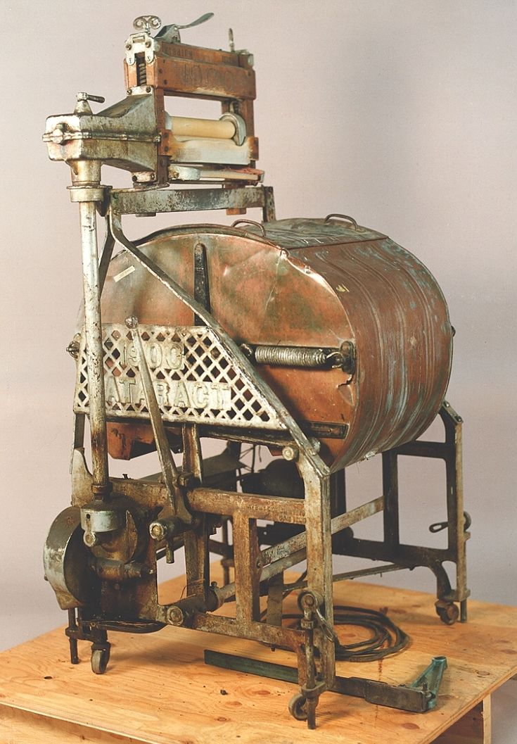 We have certainly come a LONG way since this was the washing machine of the day! LOL!  1915 Nineteen Hundred Washer Company Cataract Ringer Washer