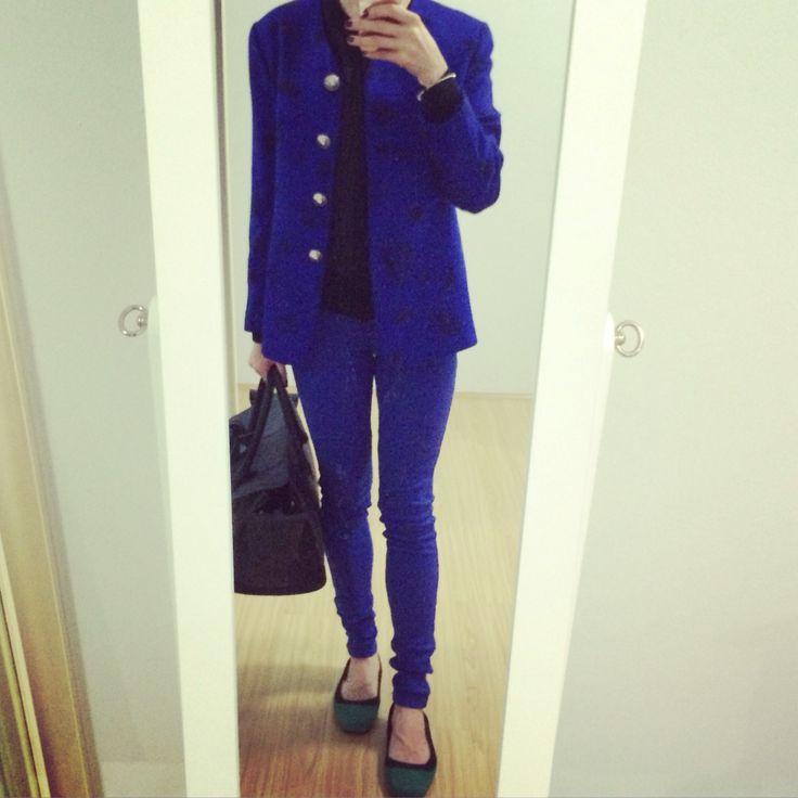 Royal blue jacket + legging